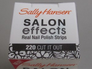 sally hansen salon effects #220 cut it out