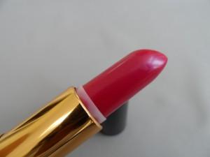 image of revlon fuchsia fusion lipstick