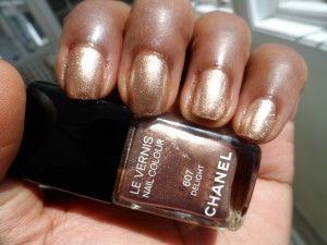 image of chanel delight nail polish